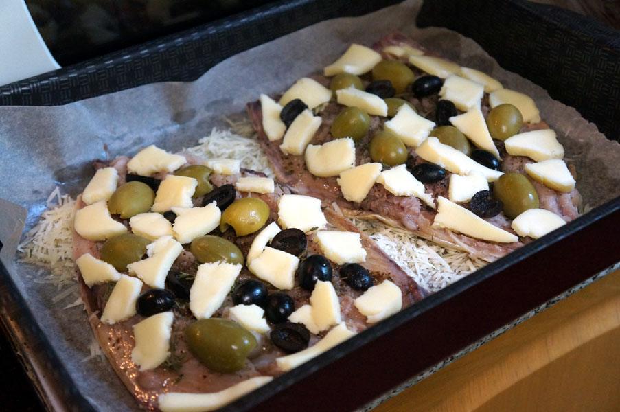 скумбрия-сыр-оливки