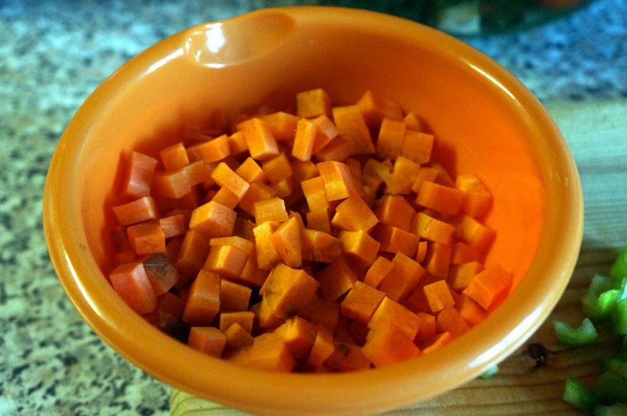 морковь-кубиком