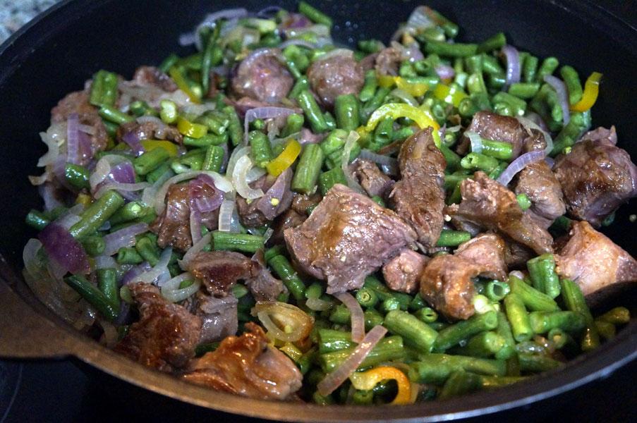 овощи-мясо-казан